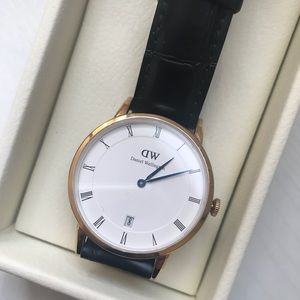 Like New Daniel Wellington Dapper 34mm watch